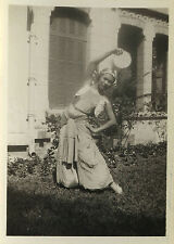 PHOTO ANCIENNE - VINTAGE SNAPSHOT - DANSEUSE DANSE ORIENTALE COSTUME -GIRL DANCE