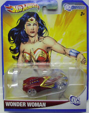 HOT WHEELS: 2012 DC UNIVERSE WONDER WOMAN 1:64 DIECAST CAR