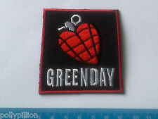 PUNK ROCK HEAVY METAL MUSIC SEW ON / IRON ON PATCH:- GREEN DAY (a) HEART GRENADE