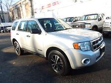 Ford : Escape 4WD 4dr I4 A