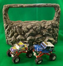 """Rare Xtreme Rock Crawlers """"Battery Operated"""" Play Set Real 4X4 with Articulation"""