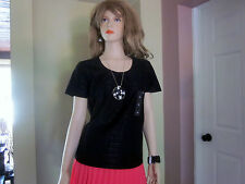 (J7) Jaclyn Smith Girls women Size M Black top  blouse Textured T Shirt NEW