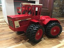 1/16 International IH 4366 4WD toy tractor by scale models