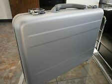 TZ AC 66 S ALUMINUM ATTACHE EXECUTIVE BRIEFCASE SILVER CASE
