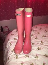 PInk MISMATCHED HUNTER Rubber rain boots  W 10  M 9 used but lots of wear left