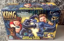 PLAYMATES 2005 KING KONG THE 8TH WONDER OF THE WORLD KONG-VS T-REX BATTLE GAME