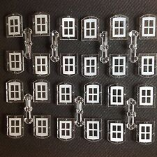 OO/HO MODEL RAILWAY BUILDING ACCESSORIES/MATERIALS 24 WINDOWS