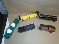 Lionel trains engine locomotive 18602 with tender and 3 cars 16375, 26549, 36098