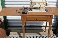 Vintage 1970's Singer Fashion Mate Model 237 Sewing Machine with wood cabinet