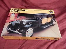 """1/24 Testors Italeri 1931 Bugatti Royale Molded in 3 Colors Nice # 832 """"1980"""" OB"""