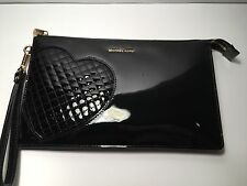 New Michael Kors Hearts Daniela  Large Clutch , Wristlet Black Patent Leather