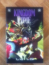 KINGDOM COME PAPERBACK WAID/ROSS FIRST PRINTING  VERY FINE ( F14)