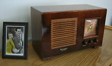 Restored Vintage Firestone Air Chief AM Wood Cabinet 1941 Table Radio STUNNING !