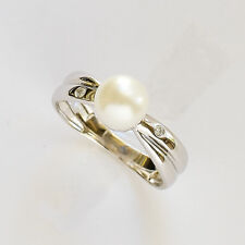 CULTURED PEARL RING. FRESHWATER PEARL PLUS DIAMONDS IN 14K 585 14CT WHITE GOLD.