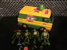 Cowabunga Carl Party Van TEENAGE MUTANT NINJA TURTLES Bundle Figures