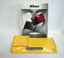 Nikon Coolpix Original Long Board Camera Display Stand ---M32
