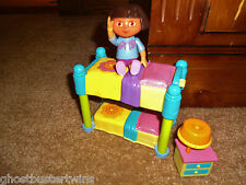 FISHER PRICE DORA THE EXPLORER DOLL DOLLHOUSE BUNKBED BEDROOM BED TABLE LOT