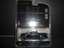 Greenlight Ford F150 XL 2015 Black and Bandit 1/64