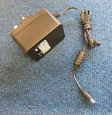 Linksys by Cisco AD12 / 1C 2.1 ID DV-1280-3UK Adattatore di alimentazione CA Caricabatterie 12V 1A