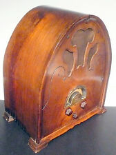 vintage  U.S. GLORITONE 99A CATHEDRAL RADIO:  Tested & Working ... Good Sound