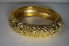 VINTAGE KENNETH JAY LANE KJL  GOLD PLATE HINGED  BRACELET/CLAMPER