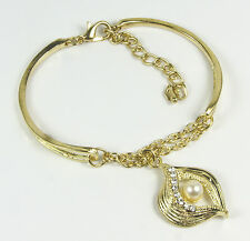 Women's 9 Carat Gold plated Austrian Crystal heart and Pearl bracelet jewellery