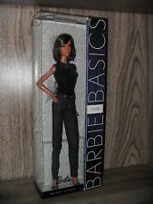 BARBIE BASICS JEANS 02-002 lara FACE - NRFB