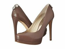 NEW MICHAEL KORS SZ 5 HAMILTON LEATHER  TAUPE PUMP SHOE  HEEL