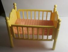 Vintage My Little Pony G1 PARADISE ESTATE yellow and pink crib
