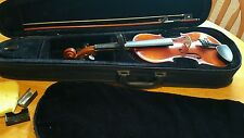 Bentely 3/4 size violin with bow, rosin and case