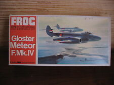 MAQUETTE 1/72 VINTAGE FROG REF F200 GLOSTER METEOR F-MK-IV  MILITAIRE AVION