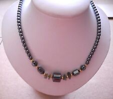 "HEMATITE BEAD JADE NUGGETS & GOLD TONE BEAD NECKLACE 18"" NEW! SHIPS FREE!"
