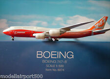 Hogan Wings 1:500 Boeing House Color Boeing 747-8 LI 8874 + Herpa Wings Katalog