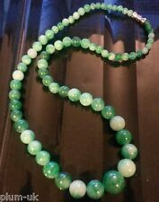 "Ciruela Uk 18 "" / 45cm Piedra Natural Jade Collar Con Tornillo Broche En Caja"
