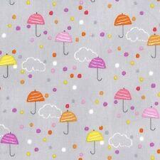 Michael Miller bruine tissu lilas brume, pluie Cloud, parapluies, cute.by le FQ