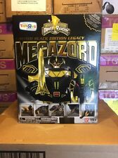 Mighty Morphin Power Rangers Legacy Black  & Gold Edition Megazord