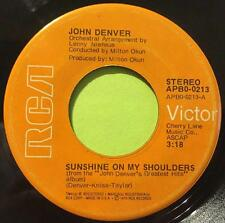 (COUNTRY 45) JOHN DENVER - SUNSHINE ON MY SHOULDERS / AROUND AND AROUND