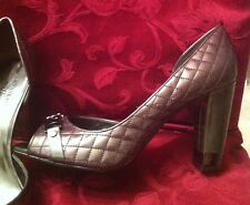 Ann Klein Pewter Quilted Patent Leather Heel Size 10