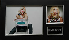 PIXIE LOTT Signed 19x11 Photo Display MAMA DO & CRY ME OUT COA