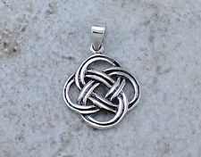 CUTE .925 STERLING SILVER CELTIC KNOT PENDANT  style# p0948
