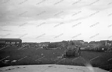 Frankreich-RAF-Flugplatz-Beute-Flugzeug-Wrack-Wehrmacht-Luftwaffe-2