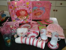 STRAWBERRY SHORTCAKE TEA SET BUNDLE.
