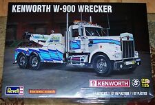 Revell Monogram  Kenworth W-900 Wrecker Tow Truck model kit 1/25