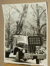 Photo Camion GMC Dépanneuse LABOUREL Paris  prospekt truck LKW prospectus bus