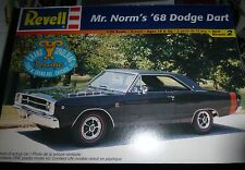 REVELL MR NORM'S 1968 DART 1/25 Model Car Mountain KIT OPEN