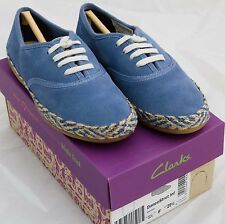 Clarks  girls shoes size 11.5 F