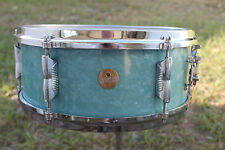 """Vintage 1960's Beverley snare drum. 5.5"""" x 14"""" Made in England"""