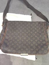 Authentic louis vuitton bastille messenger