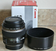 Canon EF-S 60mm f/2.8 MACRO USM Lens - Prime Lens for DSLR - with Hood