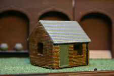 Detailed Model Railway Wooden Cabin / Hut Painted For HO / OO New 001